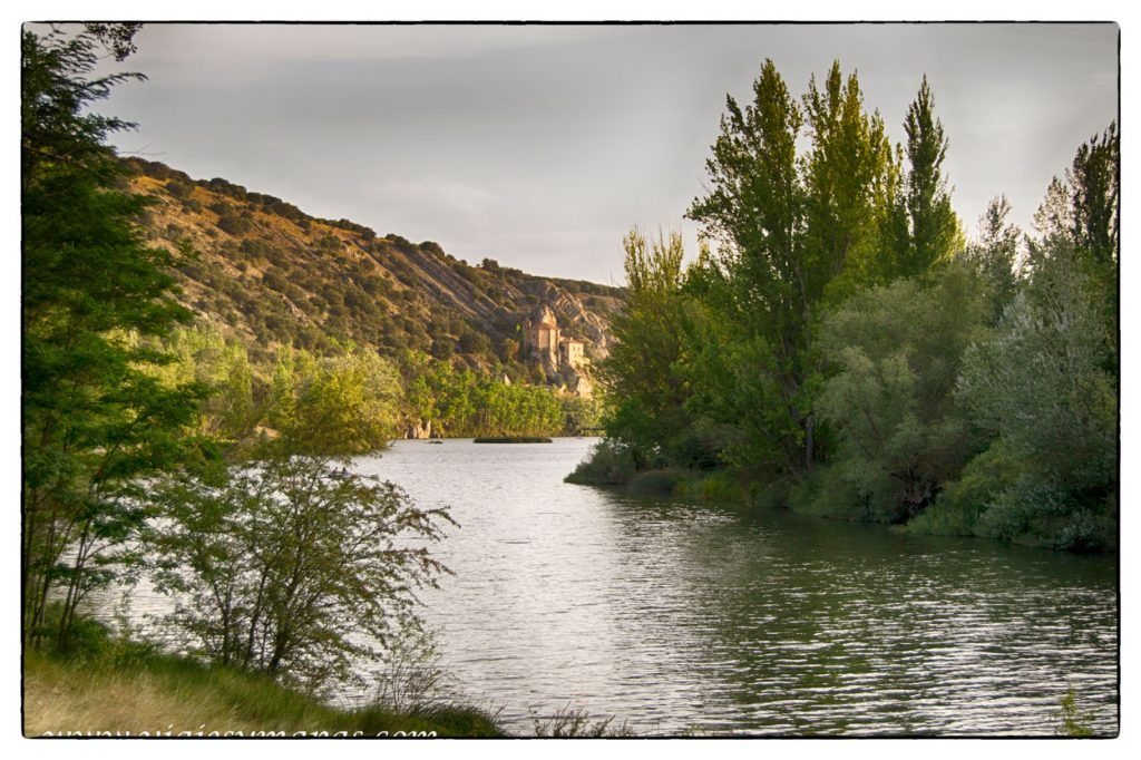Paseo por la senda del río Duero