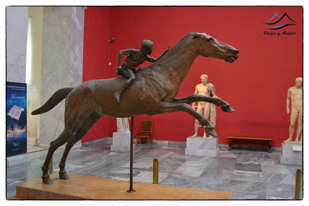 estatua-del-joven-jinete