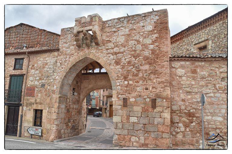 arco-medieval-de-ayllon